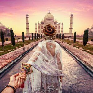 #followmeto the great Taj Mahal with @yourleo